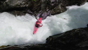 Guillermo Walsen getting beat in the bottom sticky pocket hole of the Molia Rapid