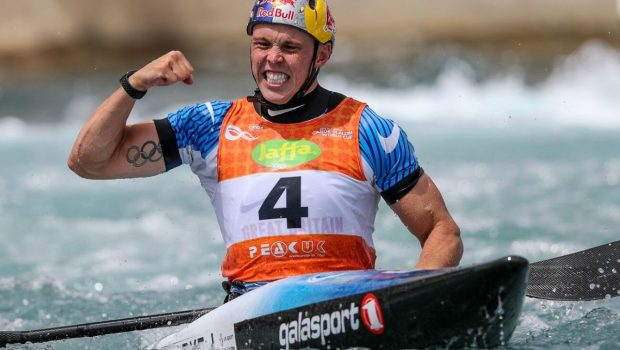 joe clarke (bg) wins stage 1 of the ICF slalom world cup ©ICF