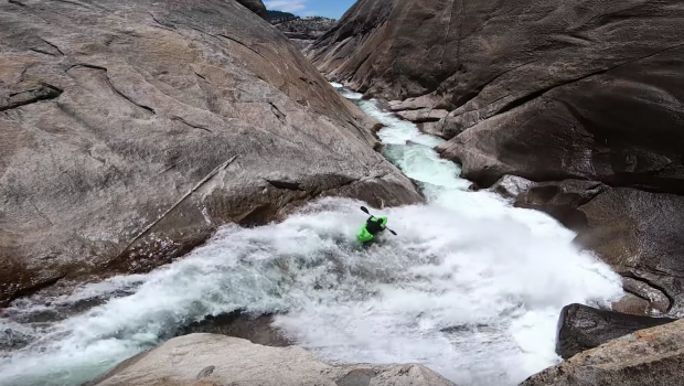 Dane Jackson & Carson Lindsay run Cheery Bomb on the upper cherry creek in california