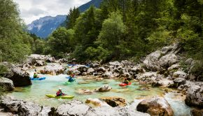 Soça river in slovenia ©kayaksession.com