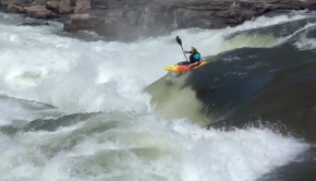 Robert Eggleston (scotland) running the center line on rapid #9 on the Zambezi eriver between Zimbabwe and Zambia. kayaksession.com