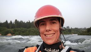 Today we talk with Doctor Jessie Stone, who created a clinic in Uganda on the banks if the White Nile to treat & prevent people from malaria and is therefore really aware of the use and effects of the chloroquine that we hear abou so much in thje news; Jessie also writes for kayak session in every issue and addresses issues that kayakers have to deal with. Last but not least jessie recovered from Covid19…in other words an extremely valuable point of view in today's situation worldwide.