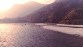Seven days in Nepal Find new places, weigh anchor, leave: with heart on fire following the rhythm of the waves. Lose yourself in the whitewater on Tamur river.
