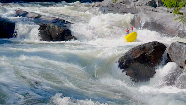 Fredrik Fossland and crew making their way down the California Section of the Austbygd river and the Skogsåa river... Welcome to the whitewater paradise of Telemark!