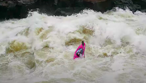 Dane Jackson on rapid number 9 on the Zambezi.