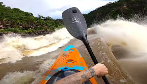 bren orton on the zambezi at high flows