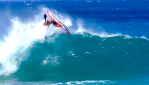 #2_Short Film_Hawaii_Pablo Arrouys surfing in hawaii short film
