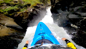 After a failed seal launch, paddler Théo Le Crom finds himself dropping the Ruetzbach falls in Austria without his paddle. We are happy he managed to get back up before the falls and run it upright... By: Théo Le Crom Location: Ruetzbach, Austria