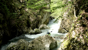 Follow the Eggstream team down one of their local runs, the Guiers Mort in the Chartreuse Mountains in Eastern France. A sweet gorge ending with a 30ft dam drop, pure joy!