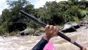 Follow paddler José Milán from México into a nice hole on the Sordo section of the Antigua river.